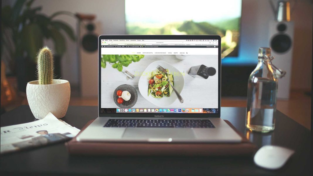 Tips-to-Build-an-Ecommerce-Website-with-A-Few-Steps-on-expertview