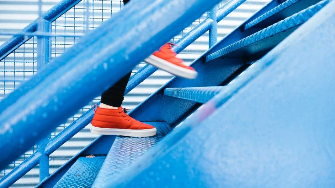 Practical-Tips-to-Paint-Your-Stairs-Without-Difficulty-on-expertview-online